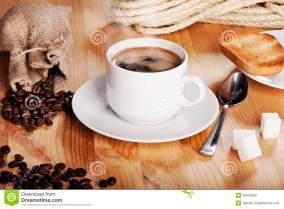 desayuno-austero-de-la-mañana-39442500