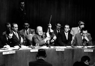Warren_Austin_holds_up_Soviet_SMG_at_UN_HD-SN-99-03037.jpg