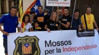 28925_manifestacion-mossos-per-la-independencia.jpg