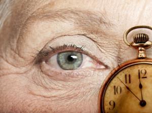 el-envejecimiento-de-la-población-hace-que-las-enfermedades-de-retina-sean-cada-vez-más-frecuentes-01-300x224