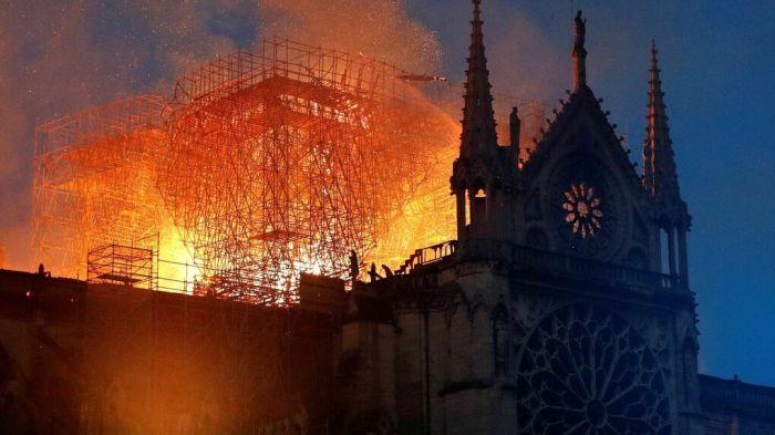 catedral-Notre-Dame-Paris-Francia_1236786337_13343632_1020x574