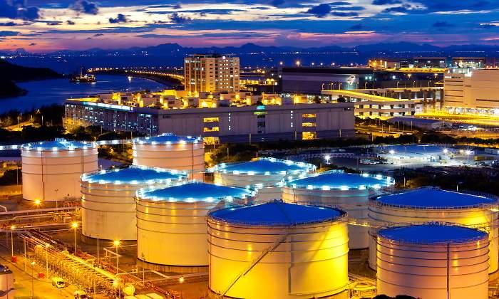 700x420_tanques-almacenaje-petroleo-china